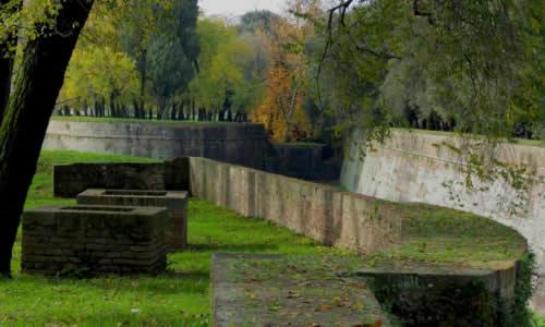 Murs de Lucques Toscane